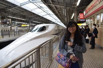"""Quick"" photo with the bullet train at Shin Osaka Station"