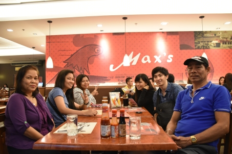 Lunch with the family before going to Japan! :)